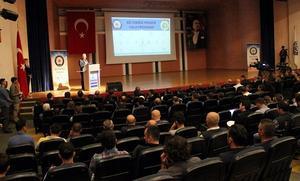 İzmir Emniyet Müdürlüğü, daha güvenli bir kent yaratmak için belediyelerde ve çeşitli kurumlarda görev yapan çalışanları kapsayan ''Biz İzmiriz'' projesini hayata geçirdi. ( Şafak Yel - Anadolu Ajansı )