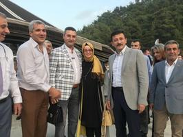 AK Parti Genel Başkan Yardımcısı Hamza Dağ (sağ 2) İzmir'in Bornova ilçesinde bulunan Ege Bölgesi Yörük Türkmen Federasyonuna bağlı yörük obasını ziyaret etti.  ( Meriç Ürer - Anadolu Ajansı )