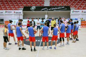 ING Basketbol Süper Ligi ekiplerinden Aliağa Petkimspor'un başantrenörü Can Sevim, kapasitelerini sahaya yansıttıklarında fark oluşturacaklarına inandığını söyledi. ( Ali Korkmaz - Anadolu Ajansı )