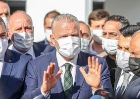 Menemen Belediyesinde yenilenen kura çekimi sonucu Başkan Vekili olarak AK Parti'nin adayı Aydın Pehlivan belirlendi. Pehlivan, kararın ardından gazetecilere açıklamalarda bulundu. ( Mahmut Serdar Alakuş - Anadolu Ajansı )