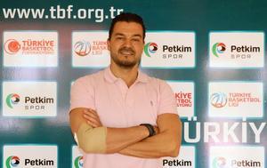 ING Basketbol Süper Ligi'nin yeni ekiplerinden Petkimspor'un genel menajeri Levent Türknas, AA muhabirine açıklamalarda bulundu. ( Ali Korkmaz - Anadolu Ajansı )