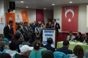 AK Parti Genel Başkan Yardımcıları  Cevdet Yılmaz ile Hamza Dağ, Konak İlçe Teşkilatı'nın Hasan Sağlam Öğretmenevi'nde düzenlenen danışma kurulu toplantısına katıldı. Toplantıda, Yılmaz bir konuşma yaptı.                               ( Tezcan Ekizler - Anadolu Ajansı )