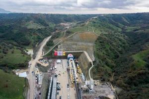 İzmir-Afyonkarahisar-Ankara Yüksek Hızlı Tren Projesi Eşme-Salihli Kesimi T1 Tüneli Kazı Başlangıç Töreni, Ulaştırma ve Altyapı Bakanı Adil Karaismailoğlu'nun da katılımıyla yapıldı.  ( Mahmut Serdar Alakuş - Anadolu Ajansı )
